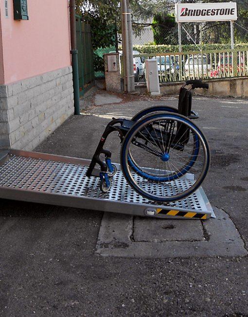 rampe disabili per gradini ingresso